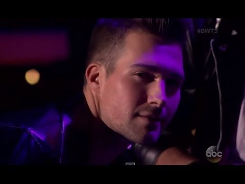 DWTS 18 WEEK 6 : James Maslow & Peta - Quickstep - Dancing With The Stars 18 Episode 6 (April 21st) klip izle