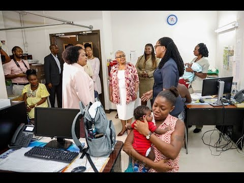 MARGARET KENYATTA WOWED BY THE BEST HOSPITAL IN THE CARIBBEAN!