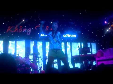 Trăng Bơ Vơ Remix - Mr.Đàm video
