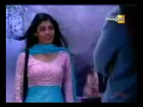 Kitni Mohabbat Hai Song Female.3gp video