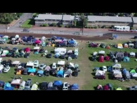 Oregon town braces for flood of solar eclipse visitors