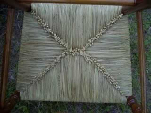 Weaving the Hand-twisted Bulrush Seat~~The Wicker Woman