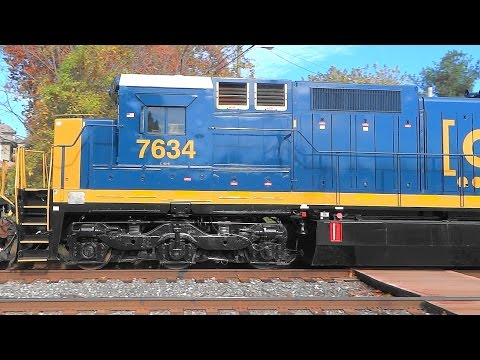 Long CSX Q398 Freight Train With 8 Engines
