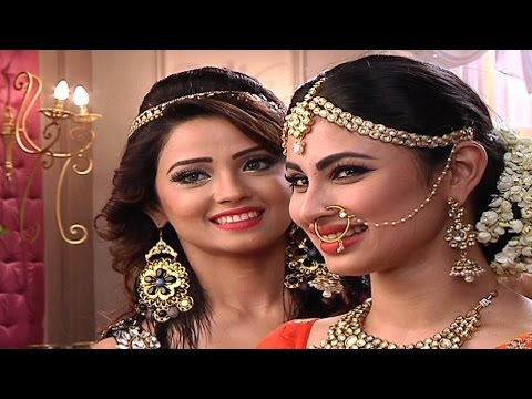 Adaa and Mouni aka Sesha and Shivangi's offscreen banters..