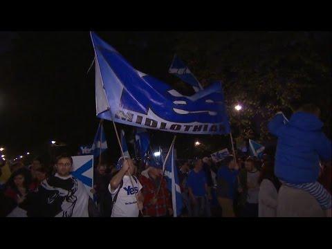 Voting Begins for Scotland's Independence