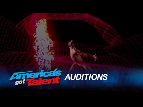 Freelusion Dance Company:  Multimedia Dance Experience Moves the Judges - America's Got Talent 2015