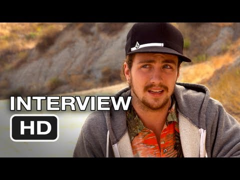 Savages Interview - Aaron Johnson - Oliver Stone Movie (2012) HD