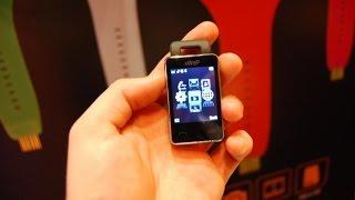Самый маленький мобильный телефон в мире sWap Nova - мини телефон брелок