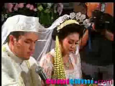 Nikahan Rifat Sungkar Dan Sissy Priscillia Gelar Pesta Kebun - Cumicumi video