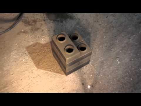 Автоматический станок АКС-7 мини для производства 3D-кирпича (напоминает «лего-кирпич»)