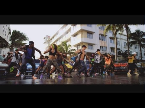 Step Up 4 Revolution 3d - Trailer Italiano   Official Italian Trailer (trailer Ita 2012) video