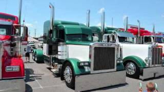 Peterbilt Trucks 2