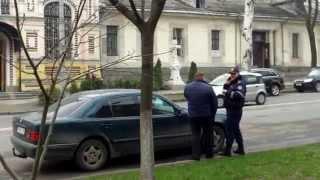 Poliția nu face treabă nici cînd vin oficiali înalți