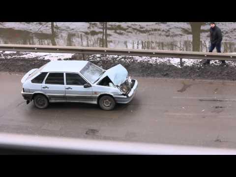 Пьяный водитель. Нижний Новгород, ул. Космическая 42