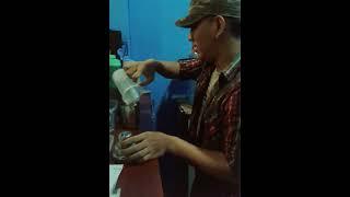 Kocak Bartender at Garasi MilkShake Pabuaran Purwokerto Jawa Tengah