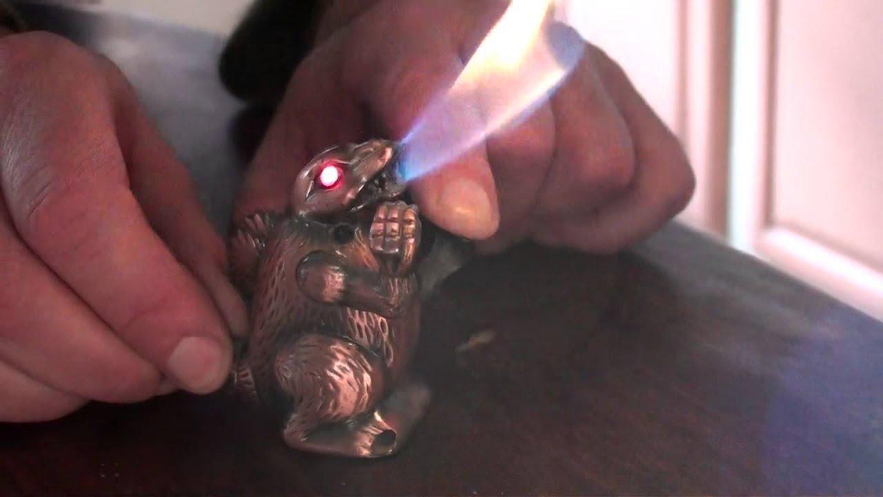 Godzilla Butane Lighter Eyes Light Up Amp He Makes Noise