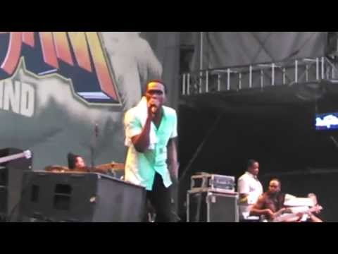 Busy Signal Watch Out Fi Dis Live  Summerjam 2013 video