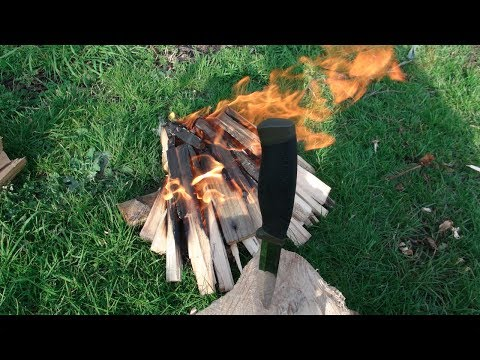 Making Fire with the Mora Heavy Duty MG
