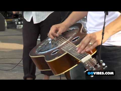 "The Infamous Strindgusters Perform The Police's ""Walking On The Moon"" at Vibes 2011"