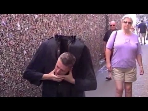 Distraction: Prankster loses his head