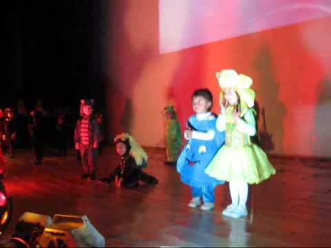 Excellentia 2012 Actuacion Dia De La Madre Inicial 3 AÑos video