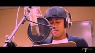 Neymar Jr singing !!!