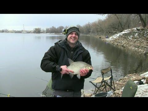 видео ловля леща в марте