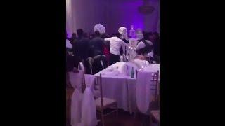 توزيع صور فاضحة للعروس في حفل زفافها