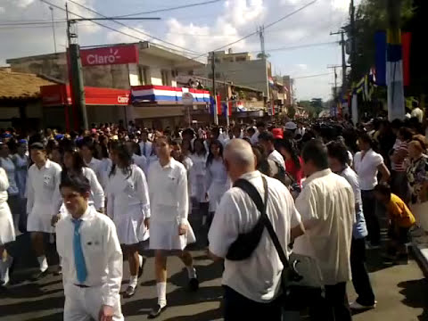 infoluque.com.py - Desfile estudiantil por el Bicentenario Nacional