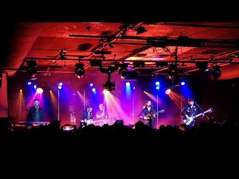 Bagossy Brothers Company - Visszajövök (A38 live)