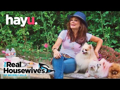 Lisa Vanderpump Gets a New Dog // The Real Housewives of Beverly Hills // Season 5