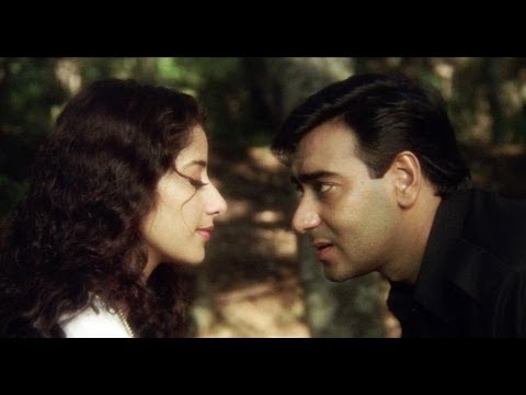 Ajay Devgn Flirting With Manisha Koirala | Kachche Dhaage Movie Scene video