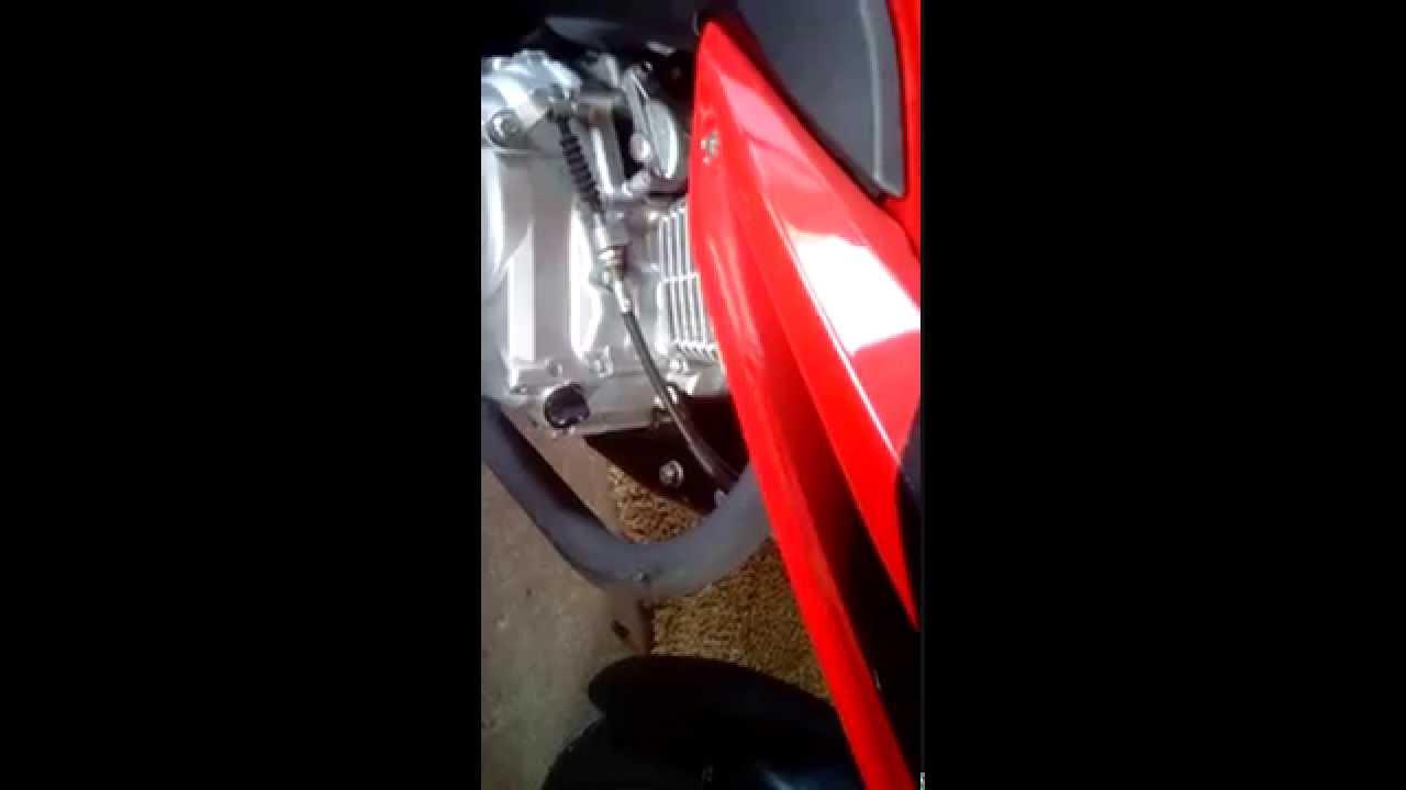 Honda Cbf 125 Stuki W Silniku Youtube