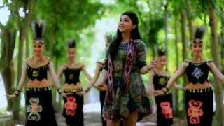 Download Lagu Lagu Dayak Kalimantan Barat ( PAGUH BENUA BORNEO) Voc. Fausta Gratis STAFABAND