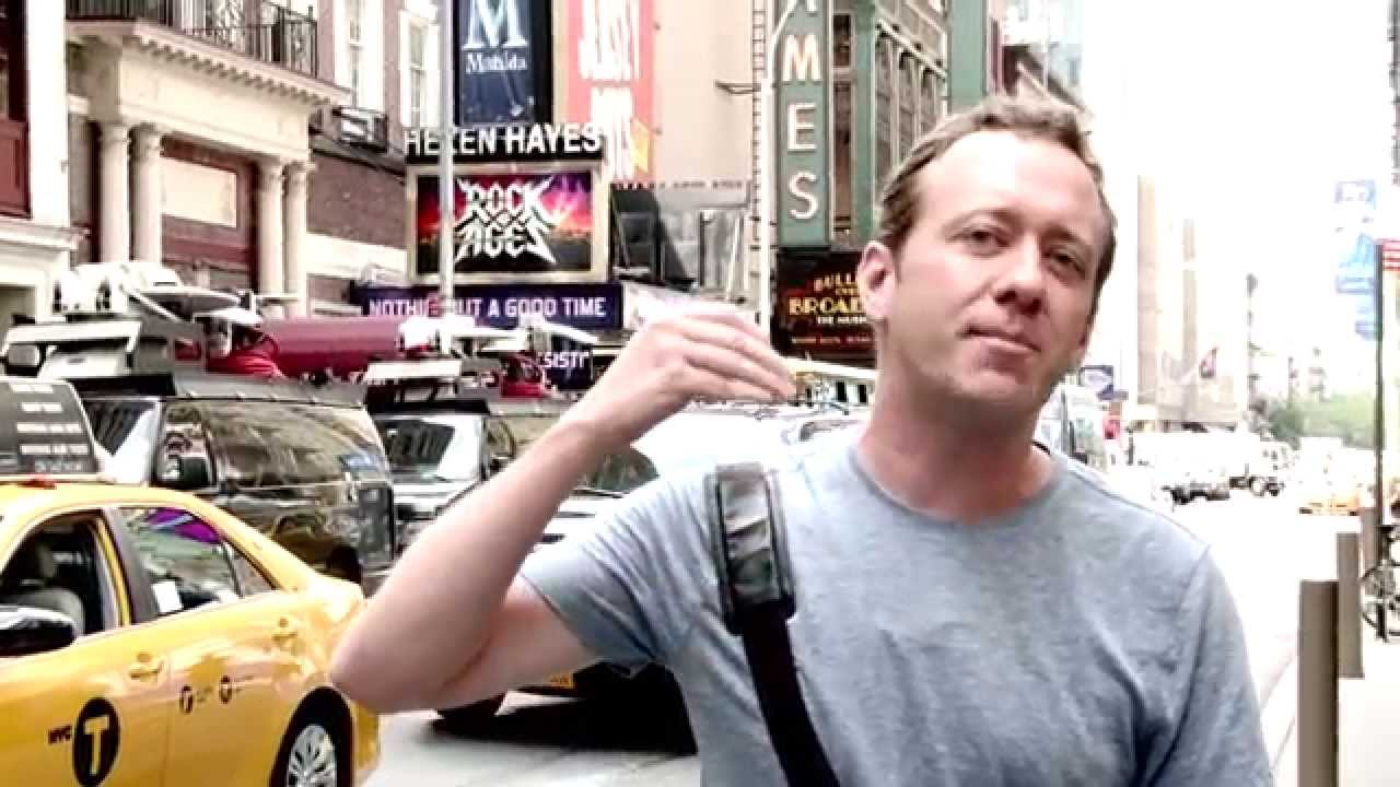 real new york tours trey gibbons in action in times square youtube. Black Bedroom Furniture Sets. Home Design Ideas