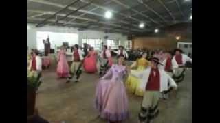 Apresentação da Invernada Artísticaa do CTG Rancho dos Tropeiros de Ibirubá