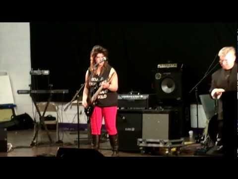 Millisa Henderson covering Eddie Van Halen's