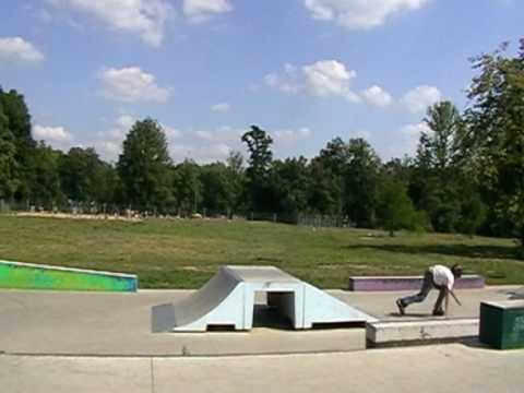 Frontflip - skatepark bytom