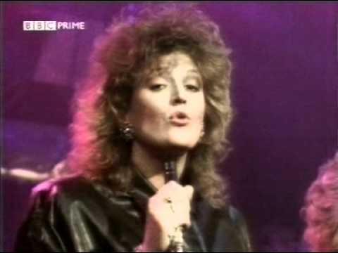 Elaine Paige & Barbara Dickson - I Know Him So Well