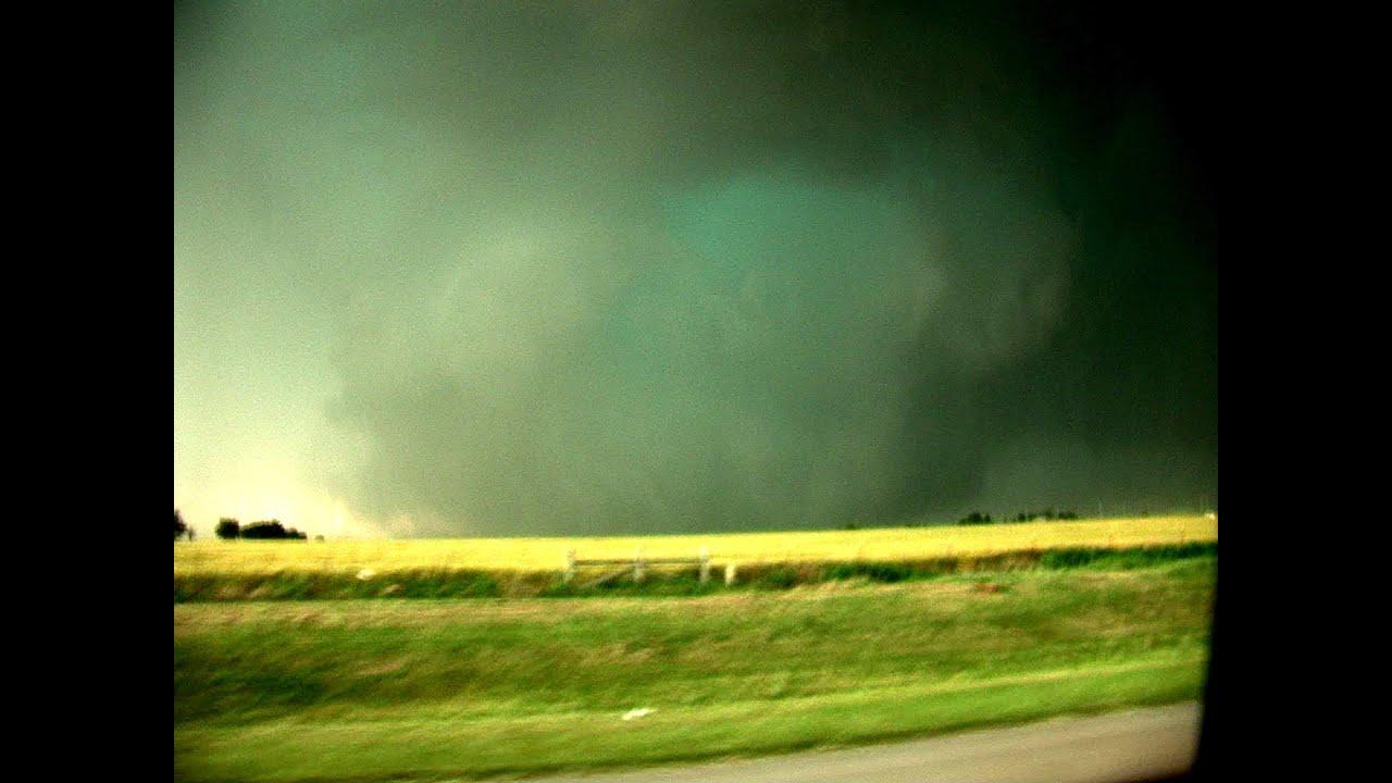 26 Mile Wide EF5 Wedge Tornado Near El Reno OK May 31