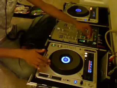 YouTube - DJ Rang - Bhangra Mix 3 _with some Hip Hop_.flv