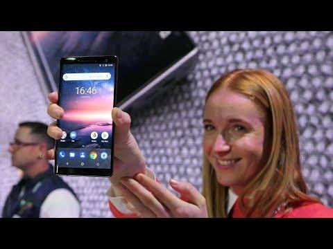 Nokia 8 Sirocco hands-on