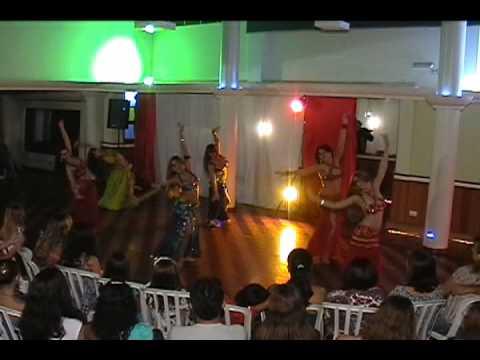 """Grupo de Preparação """" Khan El Kalili """" da Escola de Dança Carla Cecílio"""