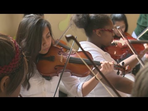 New Haven school gets big musical donation - 03/13/2014