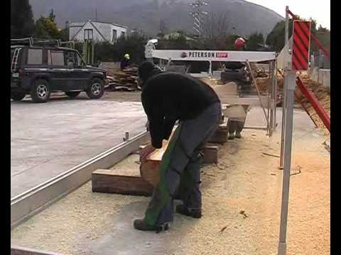 Peterson Portable Sawmill Cuts a Log in Less than 10 Minutes