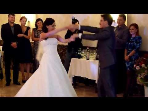 Первый танец молодых. Свадьба Оли и Саши Долгополовых.
