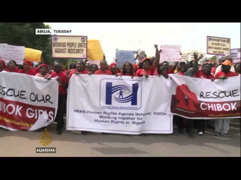 Nigerian official says Boko Haram killed hundreds