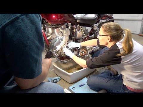 Melly's Project 1987 Honda CMX250c Rebel Part 10 (Fixing Crankshaft Oil Seal Leak)