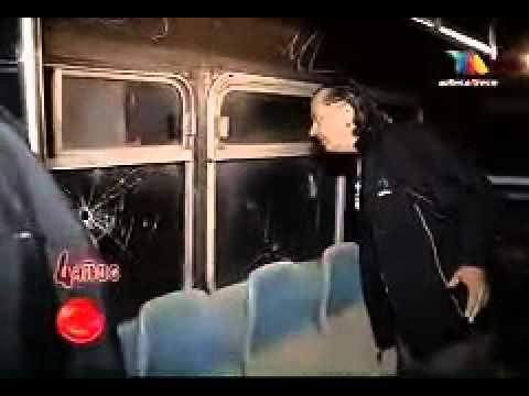 extranormal terror en cementerio de autobuses