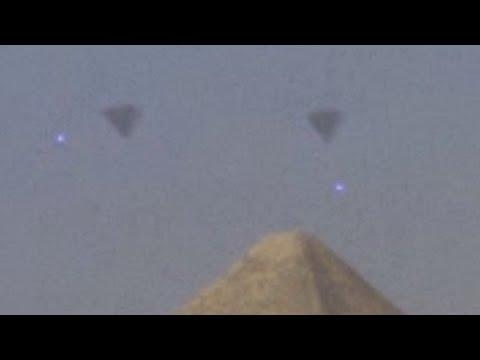 EGYPT 2016 ~UFO FLEET over GIZA PYRAMIDS !!!~Latest Alien Sightings~Best UFO Sighting Ever